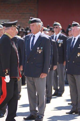 Kongen inspiserer Olav Ring ved en tidligere anledning. Olav Ring.